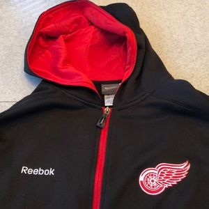 Detroit Red Wings Reebok NHL center Ice Hoodie XL